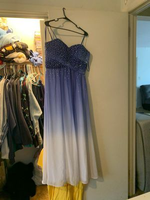 Prom dress for Sale in Crest Hill, IL