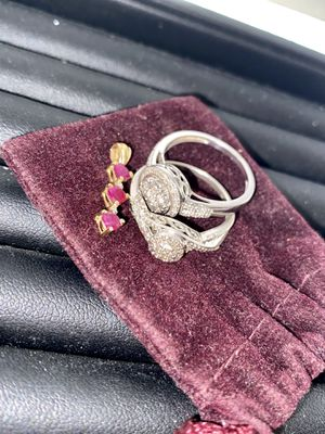 Diamond Rings and ruby pendant for Sale in Edgewood, WA
