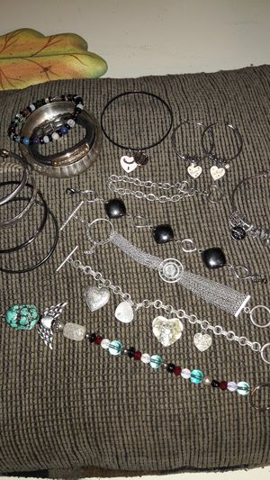 Jewelry lot for Sale in Pittsburgh, PA