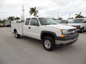 Chevy Silverado 2500 HD EXTENDED CAB utility truck service truck for Sale in West Palm Beach, FL