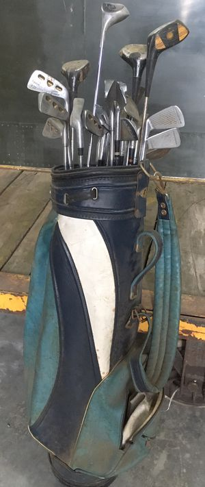 Golf clubs - mixed for Sale in Riverside, CA