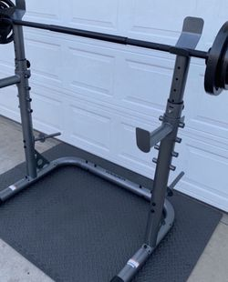 WEIDER Rack And Bench With 110lb Weight Set Includes 7ft. 3pc. Olympic Bar 2x25lb 2x10lb 2x5lb Olympic Plates for Sale in Long Beach,  CA