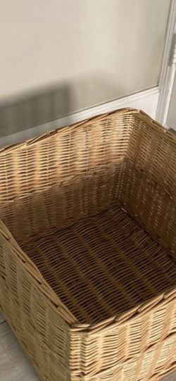 Large Wicker Basket for Sale in Coto de Caza,  CA