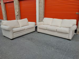 CINDY CRAWFORD - Home Living Room set with Sofa/Couch + Loveseat (with sofa bed/pull out bed) - GREAT CONDITION - DELIVERY NEGOTIABLE for Sale in Boca Raton, FL