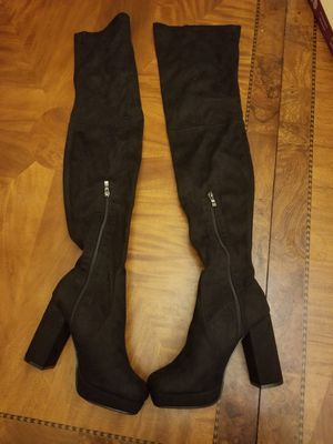 New Beston kenny-19-bs faux suede thigh boots size 7 for Sale in La Puente, CA