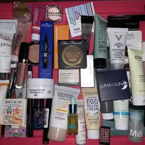 Ipsy Lot for Sale in San Antonio, TX
