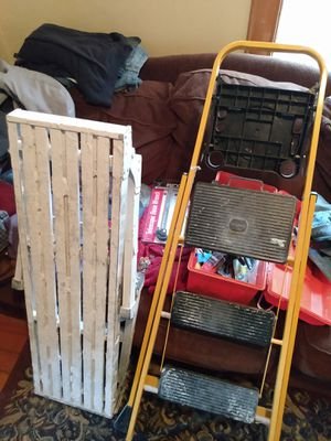 Work bench/step ladder. for Sale in Saint ANTHNY VLG, MN