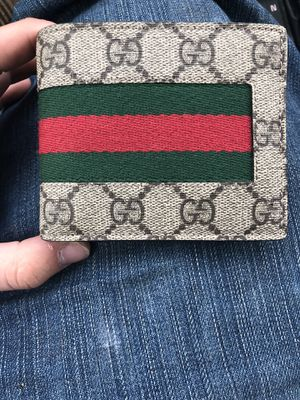 Gucci wallet for Sale in Greensburg, PA