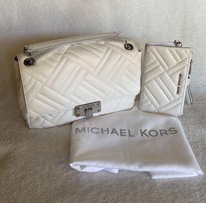 NWT SET AUTHENTIC Michael Kors Peyton Large Vegan Faux Leather Shoulder Flap Bag & Double Zip Wristlet for Sale in Upland, CA