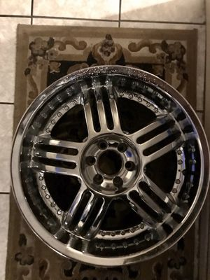 20inch Chrome Rims Set of 4 for Sale in Moreno Valley, CA