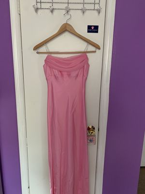 Beautiful pink , prom/party dress size small for Sale in Greensboro, NC
