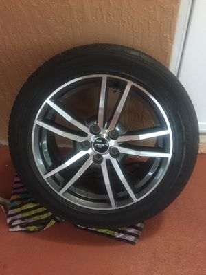 2016 Ford Mustang Rims 8,000 miles only (Set of 4) for Sale in Miami, FL