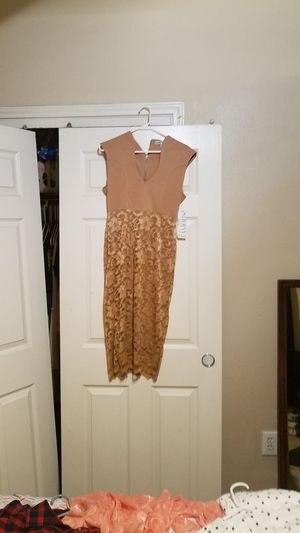 Gold lace dress with tags for Sale in Austin, TX