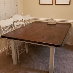 Dining Room Table for Sale in Franklin, TN