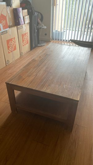 100 % Pure Wood Living Room Table for Sale in Pembroke Park, FL