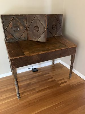 Antique Desk for Sale in Beverly Hills, CA