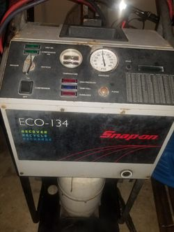 Snap On AC recovery/recharge machine for Sale in Humble,  TX