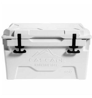 Cascade Mountain Tech 45-quart Roto Molded Cooler for Sale in Sacramento, CA
