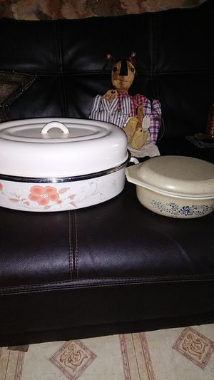 2 pot holders for Sale in San Antonio, TX