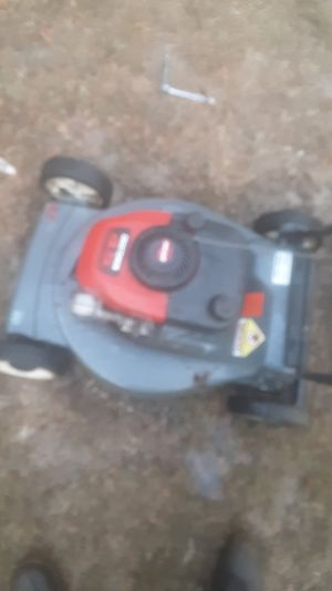 Craftsman push mower runs an cuts very good nothing wrong with it for Sale in Burlington, NC