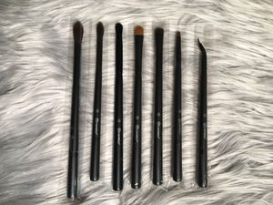 Bh cosmetics makeup brushes for Sale in Wimauma, FL
