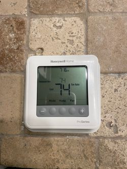 Honeywell thermostat for Sale in Gilbert,  AZ