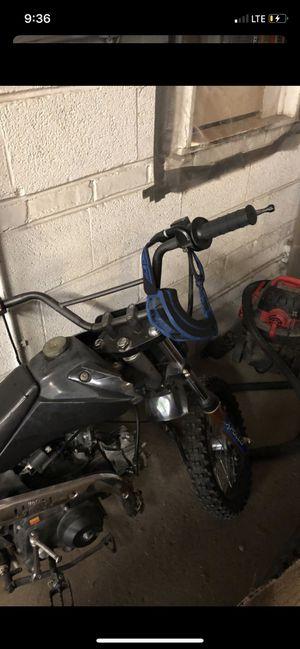 Apollo dirt bike 125 cc semi for Sale in Chicago, IL