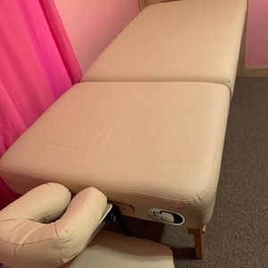 Professional Massage Table for Sale in Peabody, MA
