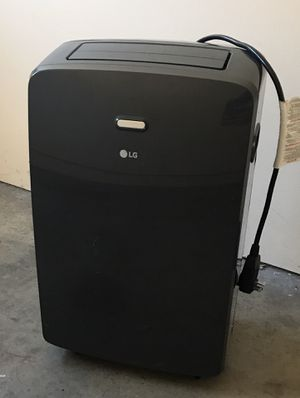 LG portable AC unit for 400 sq ft for Sale in Fullerton, CA