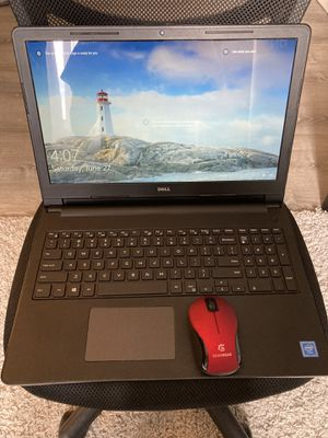 Dell Inspirion 15 Series 3552 - comes with wireless mouse and free case for Sale in Vancouver, WA