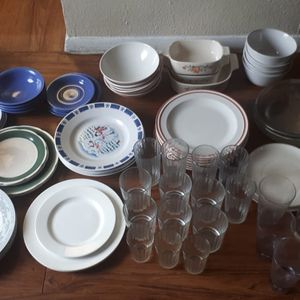 All These Random Kitchen Stuff more than 80 Pieces for 50$ Firm for Sale in Houston, TX