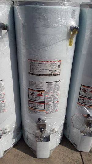 Best price today water heater for 320 whit installation included only today for Sale in Wrightwood, CA