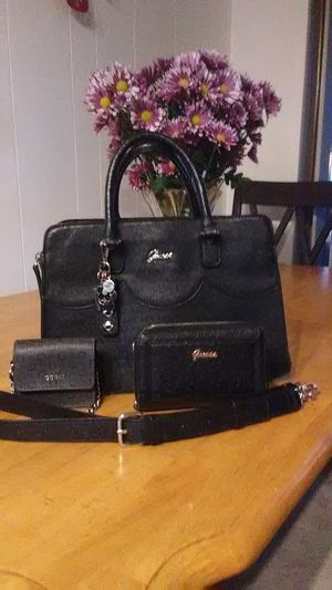 Guess Black Handbag Trio for Sale in Marysville, WA