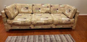 Beautiful couch for Sale in Rio Grande, NJ