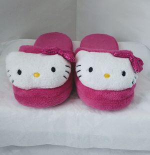 Hello Kitty Slippers size 7-8 like New for Sale in Thornton, CO