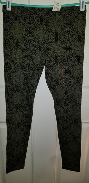 Leggings BRAND NEW WITH TAGS SIZE MEDIUM for Sale in Taylor, MI