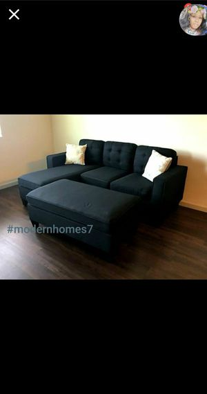 Black Sectional sofa with ottoman reversible design convertible sleeper couch for Sale in Buena Park, CA