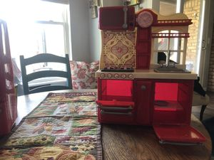 Journey Doll Kitchen $15 for Sale in Warr Acres, OK