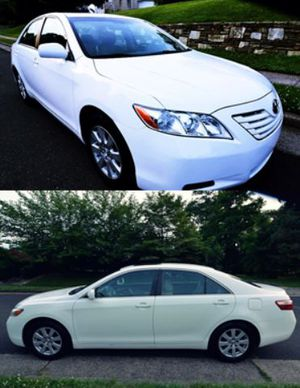 2OO8 Toyota Camry price $8OO W for Sale in San Francisco, CA