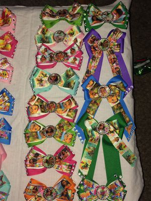 Moana hairbows for Sale in Fresno, CA