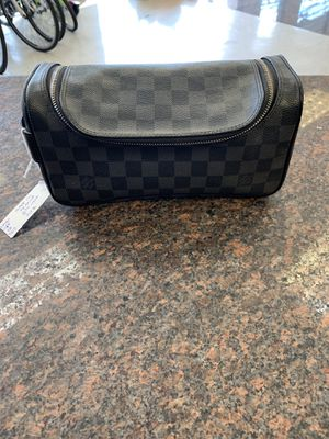Louis Vuitton toiletry bag for Sale in Austin, TX