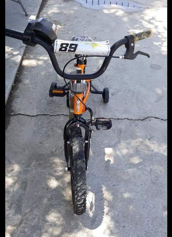 "Hot Wheels Dynacraft Boys Bmx Street/dirt Bike With Hand Brake 16"""