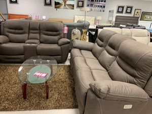 GORGEOUS COMFORTABLE SOFA/LOVE W/POWER RECLINERS for Sale in Miami Gardens, FL