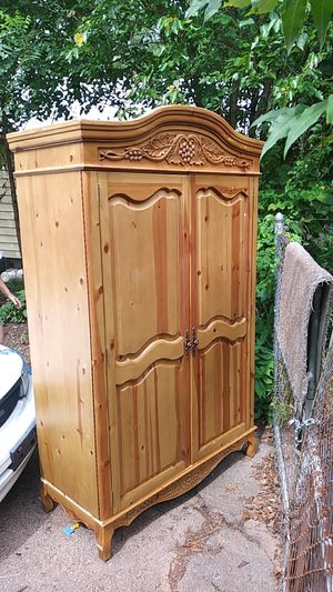 Tv armoire. Pine. Has 1 shelf and 4 small drawers and 2 large drawers for Sale in Bessemer, AL