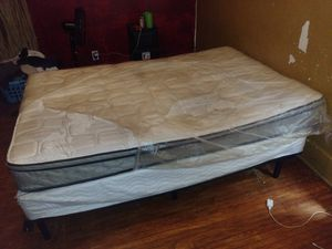 Full size bed set for Sale in Buffalo, NY