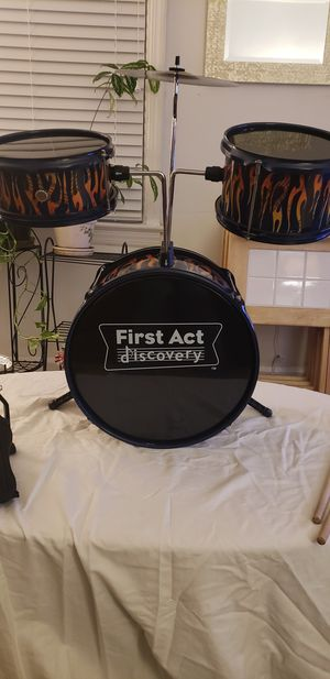 First Act Discovery Drum Set for Sale in Bedford Heights, OH