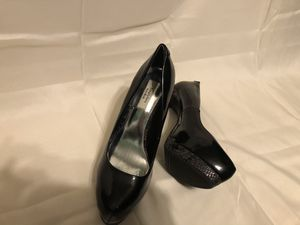 SimplyVera VERA WANG Black Stiletto heels for Sale in Selinsgrove, PA
