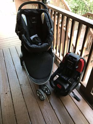 Britax infant seat, base, and stroller for Sale in Seneca, SC