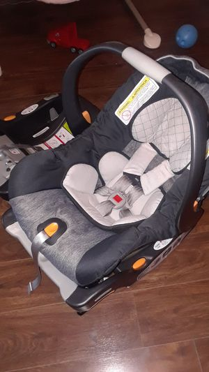 Chicco car seat for Sale in Fountain, CO