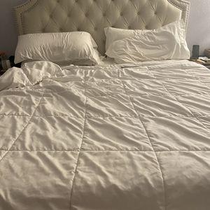 Cal King Bed for Sale in Pomona, CA